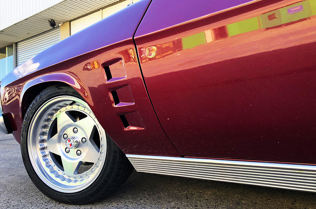 Holden HQ wagon fitted with CTM Muscle Custom Pro