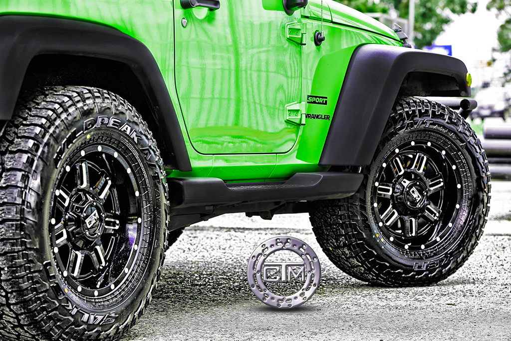 Jeep Wrangler with CTM Commander wheels