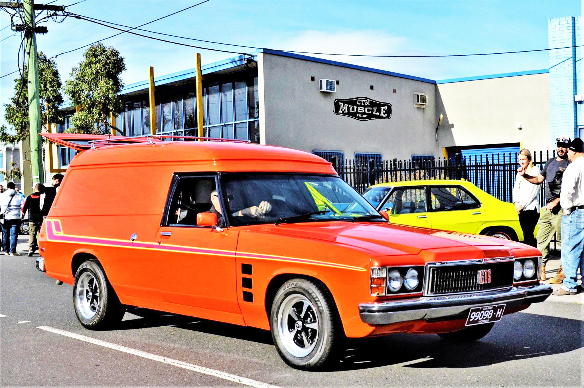 Holden Panel Van fitted with CTM Muscle GTS Sprint wheels